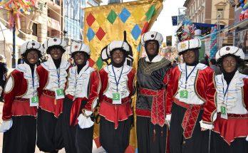 Es werden zwar keine Kamelle geworfen, aber die Atmosphäre beim Karneval in Rijeka braucht sich vor unseren deutschen Hochburgen nicht zu verstecken.